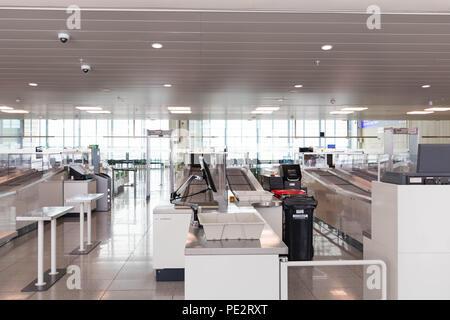 Sicherheit Sicherheit Kontrolle stop Flughafen Brüssel Zaventem - Stockfoto