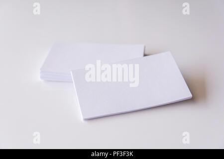 Visitenkarten Mockup Auf Zwei Farbigen Hintergrund Stockfoto
