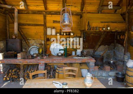 Alten Zeiten Bauernhaus Stockfoto Bild 127629326 Alamy