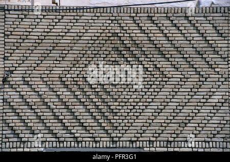 Tunesien, Tozeur, Dekorative Mauerwerk auf Haus - Stockfoto