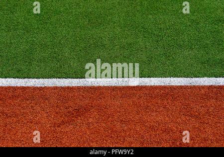 Textur des Krauts Abdeckung Sportplatz. In Tennis, Golf, Baseball, Hockey, Fußball, Kricket, Rugby. Design mit einem Schild - Stockfoto