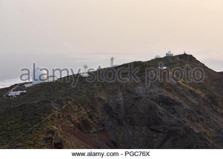 Sternwarte - internationale Teleskope dome Gebäude, Roque de Los Muchachos La Palma Kanarische Inseln Spanien. (2396 m über dem Meeresspiegel) - Stockfoto