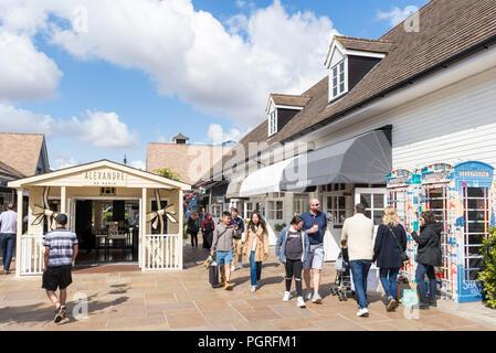 Bicester Shopping Village Bicester Village Designer Outlet Mall Bicester, oxfordshire England uk gb Europa - Stockfoto