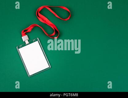 Weiße leere personal identity Mockup mit rotem Schlüsselband - Stockfoto