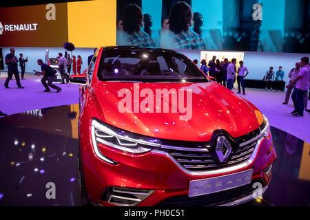 Moskau, Russland. 29. August 2018. Einen neuen Renault Arkana Auto auf der Moscow International Motor Show 2018 an der Crocus Expo Exhibition Center Credit: Nikolay Winokurow/Alamy leben Nachrichten - Stockfoto