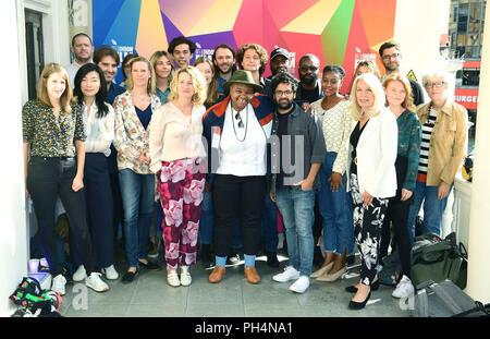 Tricia Tuttle und Amanda Nevill melden Sie die kurze Filmemacher auf der 62 BFI London Film Festival Programm starten bei Cineworld Leicester Square, London. - Stockfoto