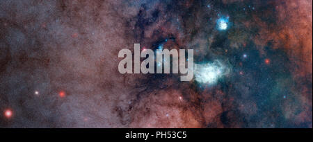 Dichte Wolken von Staub und Sterne in der Milchstraße, mit der Lagune und Trifid Nebel Stockfoto