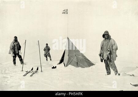 """""""Amundsens Zelt am Südpol"""", Januar 1912, (1913). Artist: Henry Bowers. - Stockfoto"""