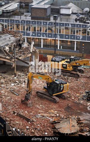 88 - 100 Quay Street elegante Art déco-Gebäude und ehemalige Garage ist abgerissen Weg für die St Johns Entwicklung. - Stockfoto
