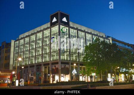 Adidas, Tauentzien, Charlottenburg, Berlin, Deutschland - Stockfoto