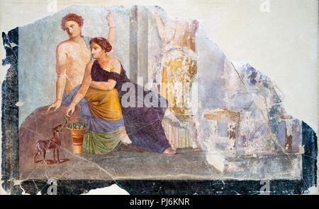 Pompeji fresco. Fragment aus einem Fresko aus den Ruinen des antiken Pompeji, Italien, wahrscheinlich mit der Darstellung eines Bacchischen kult Szene von einer Frau mit einem rehkitz. Aus der Zeit um 30-50 v. Chr.. - Stockfoto