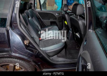2005 Mk3 Ford Mondeo Titanium X Kombi Panther Schwarz - Stockfoto
