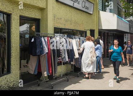 Kleider kaufen vancouver