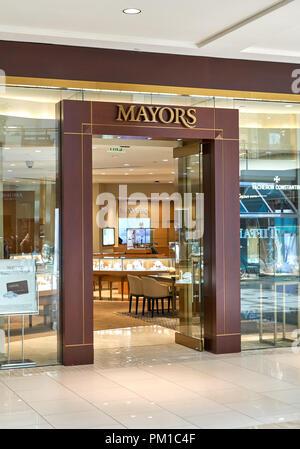 AVENTURA, USA - 23. AUGUST 2018: Bürgermeister berühmten Boutique in der Aventura Mall. Bürgermeister verkauft Schmuck und Uhren der kultigsten Marken - Stockfoto
