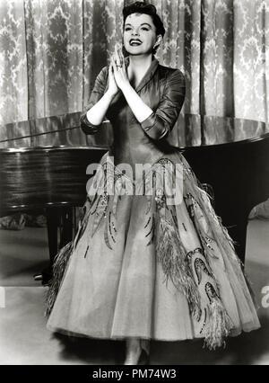 """Judy Garland, """"Ein Star wird geboren"""" 1954 Warner Datei Referenz # 30928_185 THA - Stockfoto"""