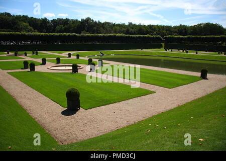 Obe der schönsten französischen Gärten in 'Château de Villandry', Loire Tal, Frankreich. - Stockfoto