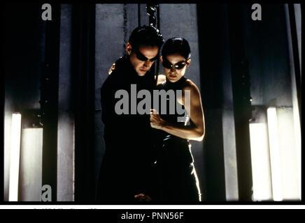Prod DB © Silber Bilder/DR-MATRIX (die Matrix) de Andy und Larry Wachowski USA 1999 avec Carrie Anne Moss et Keanu Reeves vertige, Hauteur, - Stockfoto