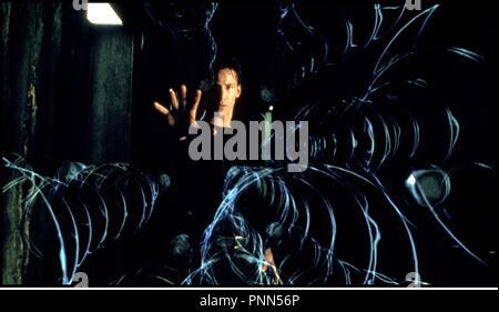 Prod DB © Silber Bilder/DR-MATRIX (die Matrix) de Andy und Larry Wachowski USA 1999 avec Keanu Reeves realite virtuelle, futuriste, Balles, Schutz - Stockfoto