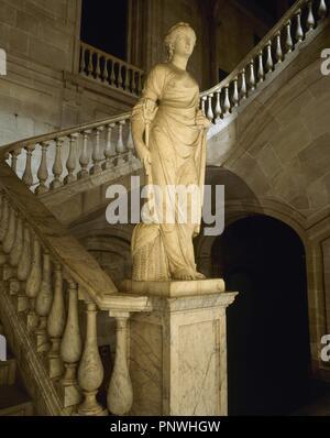 Der Branche. 1802. Allegorische Skulptur von Salvador Gurri Corominas (1749-1819) am Fuße der Treppe der Ehre in der Casa Llotja de Mar Marmor. Barcelona. Katalonien. Spanien. - Stockfoto