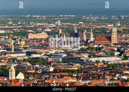Luftaufnahme von München. München, Bayern, Deutschland - Stockfoto