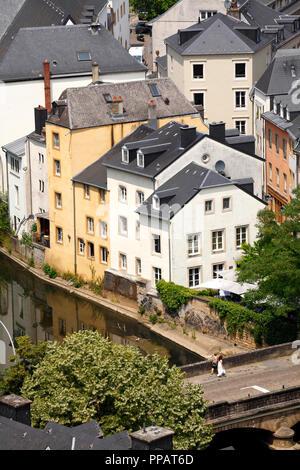 Häuser, das Tal der Alzette, die Unterstadt Grund, der Stadt Luxemburg, Luxemburg, Europa ich Häuser, Tal der Alzette, Unterstadt Grund, Luxemburg-Stadt, L - Stockfoto