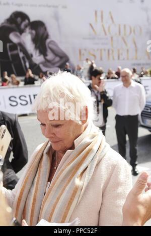 San Sebastian, Spanien. 25 Sep, 2018. Judi Dench ist gesehen im Maria Cristina Hotel Anreise während 66th San Sebastian Film Festival am 25. September 2018 in San Sebastian, Spanien Credit: Jack Abuin/ZUMA Draht/Alamy leben Nachrichten - Stockfoto