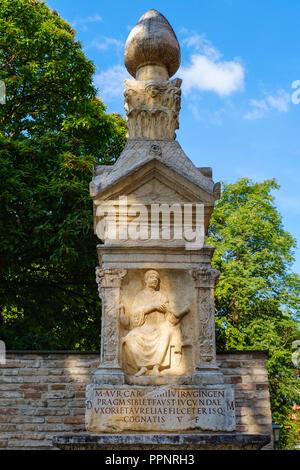 Der römischen Mauer, Fronhof, Augsburg, Schwaben, Bayern, Deutschland - Stockfoto