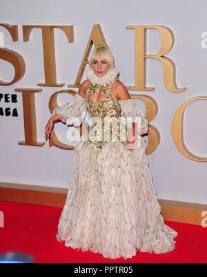 London, Großbritannien. 27 September, 2018. Lady Gaga an einem Stern ist geboren - UK Premiere auf der VUE West End ll London Donnerstag, 27 September 2018. Credit: Peter Phillips/Alamy leben Nachrichten - Stockfoto