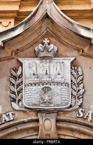 Die Stadt Wappen am Portal auf Gebäude In der Kanonicza Straße in Krakau, Polen - Stockfoto
