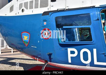 Italien, Bari, Ausstellung der italienischen militärischen Ausrüstung, Polizei. - Stockfoto