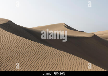 Gran Canaria Maspalomas Dünen-braunen Sand Wüstenlandschaft. - Stockfoto