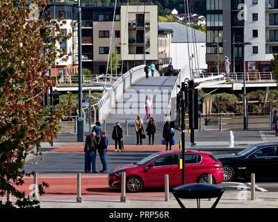 Newport City, Fuß/Zyklus Brücke, South Wales, Großbritannien - Stockfoto