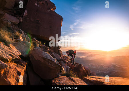 Kletterer, Wüste Türme, Indian Creek, Moab, Utah, USA - Stockfoto