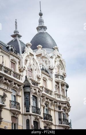 Hausfassade, Madrid, Spanien, urbane Architektur, close-up - Stockfoto