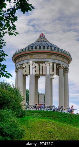 Tempel Monopteros im Englischen Garten, München, Oberbayern, Bayern, Deutschland - Stockfoto