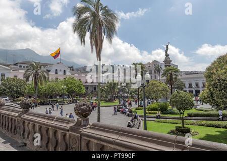 Von der Kathedrale Plaza Grande o de la Independencia (Unabhängigkeit square) UNESCO World Heritage Center Quito Ecuador - Stockfoto
