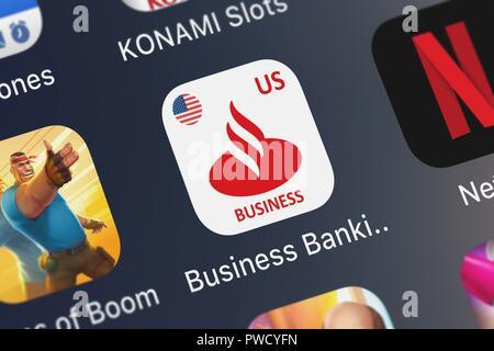 London, Großbritannien, 15. Oktober 2018: Screenshot der Business Banking mobile App aus der Santander Bank Symbol auf einem iPhone. - Stockfoto