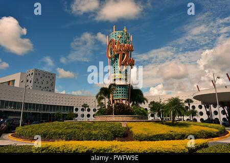 Orlando, Florida; August 19, 2018 Vintage Hotel in Universal Studios Area. - Stockfoto