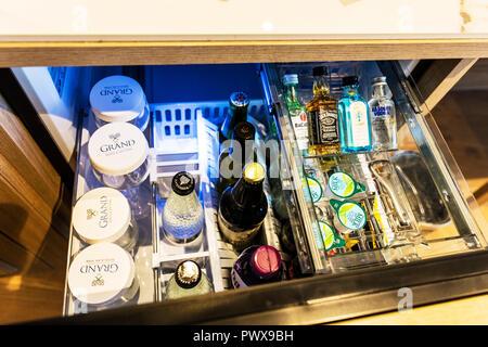 Minibar Kühlschrank Abschließbar : Kleiner hotelkühlschrank kleine kühlschränke für jede küche