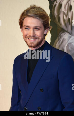 "London, Großbritannien. 18. Oktober, 2018. Joe Alwyn besucht die UK-Premiere von ""Der Favorit"" & American Express Gala am 62. BFI London Film Festival am 18. Oktober in London, England 2018. Credit: Gary Mitchell, GMP-Media/Alamy leben Nachrichten - Stockfoto"