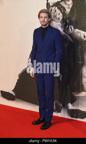 "London, Großbritannien. Okt, 2018 18. Joe Alwyn besucht die UK-Premiere von ""Der Favorit"" & American Express Gala am 62. BFI London Film Festival. Credit: Gary Mitchell/SOPA Images/ZUMA Draht/Alamy leben Nachrichten - Stockfoto"