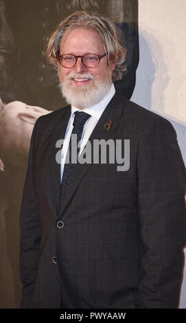 "London, Großbritannien. Okt, 2018 18. Tony McNamara besucht die UK-Premiere von ""Der Favorit"" & American Express Gala am 62. BFI London Film Festival. Credit: Gary Mitchell/SOPA Images/ZUMA Draht/Alamy leben Nachrichten - Stockfoto"