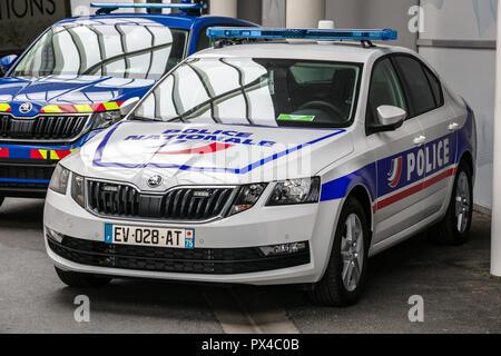 PARIS - Okt 2, 2018: Die französische Polizei Nationale Streifenwagen außerhalb auf der Paris Motor Show. - Stockfoto