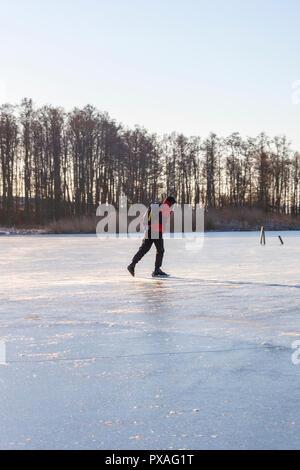 Tour Schlittschuhlaufen auf einem See - Stockfoto