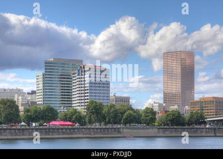 Anzeigen von Portland, Oregon, an einem schönen Tag - Stockfoto