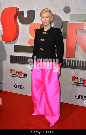 Los Angeles, Kalifornien, USA. 24. Oktober, 2018. Tilda Swinton am Los Angeles Premiere für uspiria' im Cinerama Dome. Bild: Paul Smith/Featureflash Credit: Paul Smith/Alamy leben Nachrichten - Stockfoto