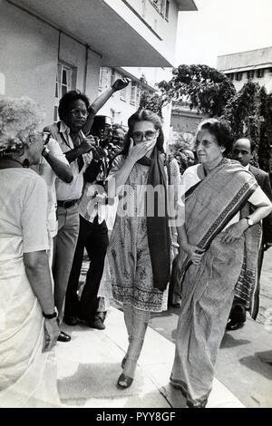 Der ehemalige Premierminister von Indien Indira Gandhi und Sonia Gandhi, Indien, Asien, 1970 s - Stockfoto