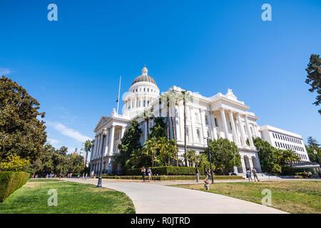 September 22, 2018 in Sacramento/CA/USA - California State Capitol Building und den umliegenden Park - Stockfoto