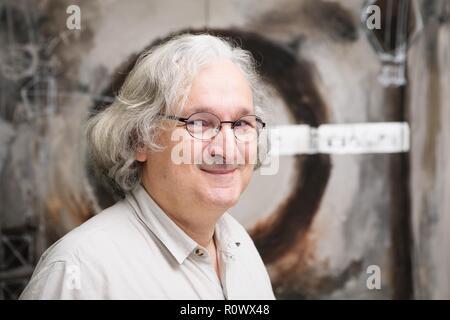 Portrait von Étienne Ghys, ein französischer Mathematiker. - Stockfoto