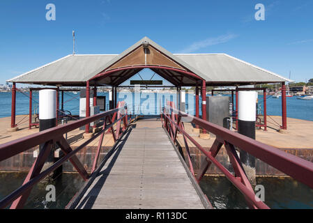 Woolwhich Pier Ferry Terminal, Teil der Sydney Ferries Netzwerk und am Hafen von Hunters Hill in Sydney, Australien - Stockfoto
